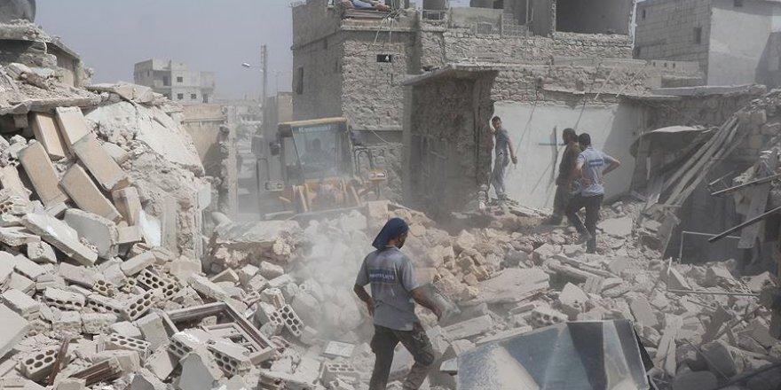 Rejim güçleri Halep'e varil bombasıyla saldırdı