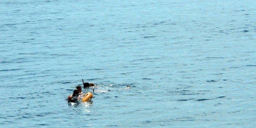 Denizde kaybolan 16 yaşındaki genç ölü olarak bulundu