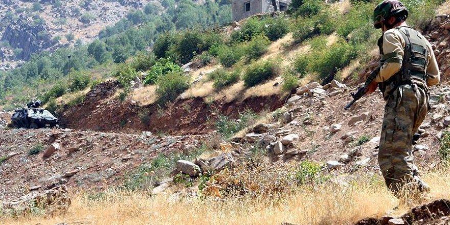 Çukurca'daki terör operasyonu devam ediyor