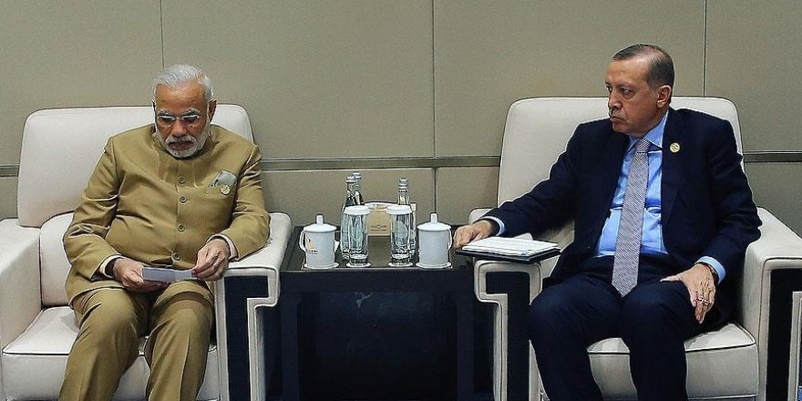 Erdoğan, Hindistan Başbakanı Modi'yi kabul etti