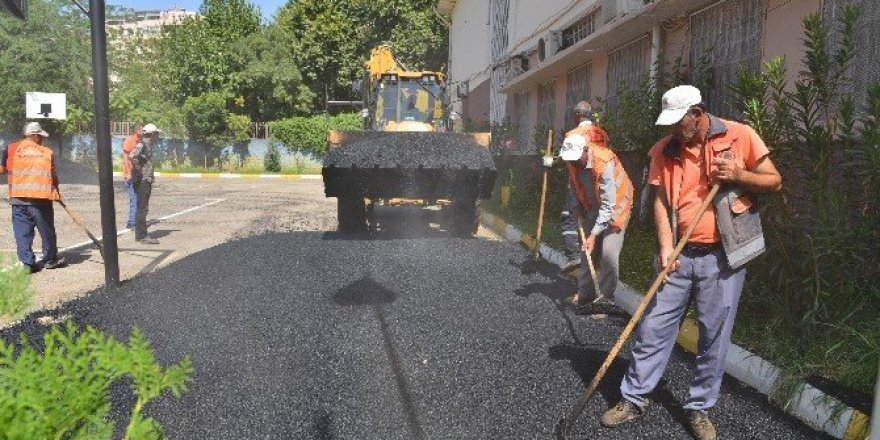 Diyarbakır'da 19 okulun bahçesi asfaltlandı