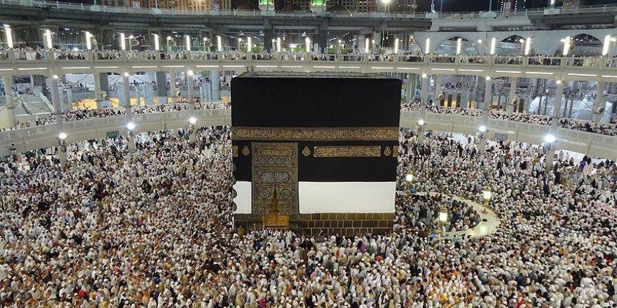 Kutsal topraklara ulaşan hacı adayları 1 milyonu aştı