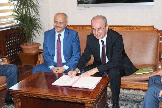 Ömer Halisdemir Üniversitesi Tıp Fakültesi protokolü imzalandı