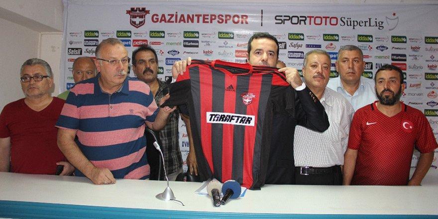 Dünyada bir ilk… Gaziantepspor'a taraftar sponsor oldu