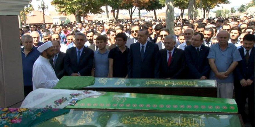 Erdoğan, İçyer'in cenaze namazına katıldı