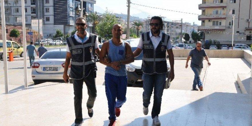 10 yıldır aranan cinayet zanlısı Alanya'da yakalandı