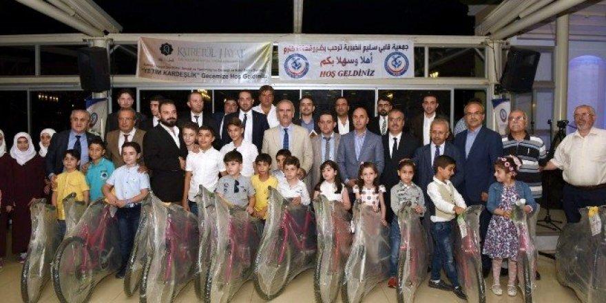 Suriyeli yetimlerden Başkan Altepe'ye anlamlı teşekkür
