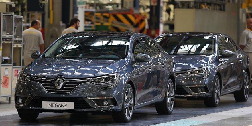 """Renault """"Yeni Megane Sedan""""ı tanıttı"""