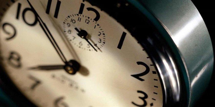 Yaz saati uygulaması yıl boyu sürecek