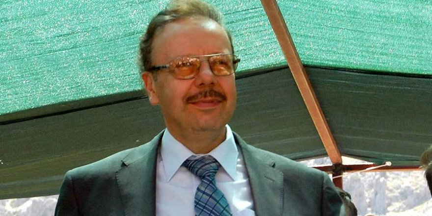 Süleyman Hilmi Tunahan'ın torunu eski bakan vefat etti