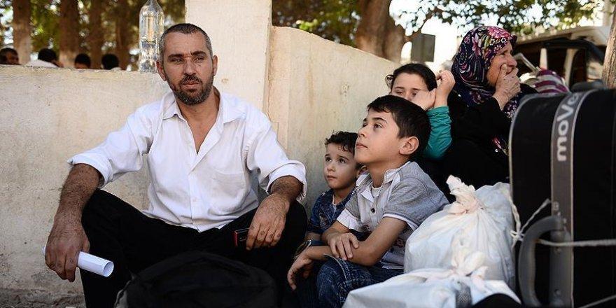 Karkamış'tan 100 Suriyeli daha Cerablus'a döndü