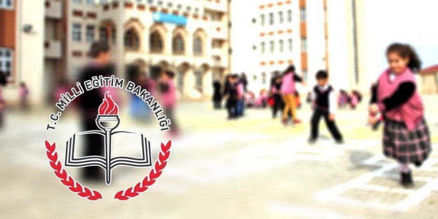 Okullar '15 Temmuz Demokrasi Zaferi ve Şehitleri Anma' etkinliğiyle açılacak
