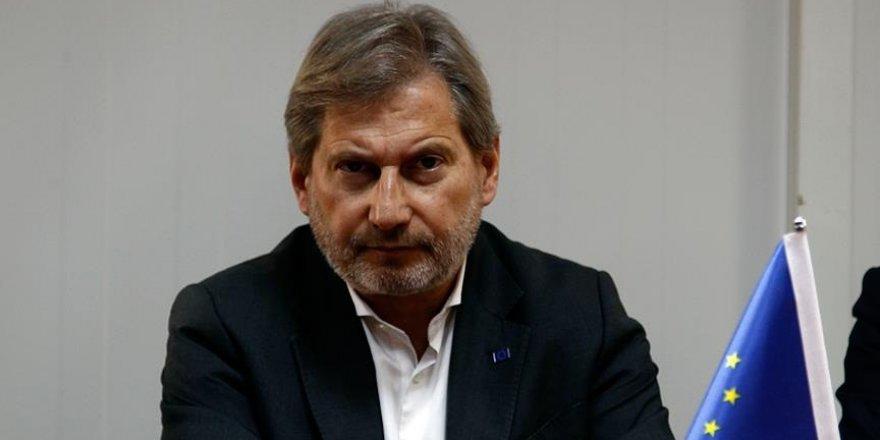 'Türkiye'deki Suriyeliler için 2,2 milyar avro taahhütte bulunduk'