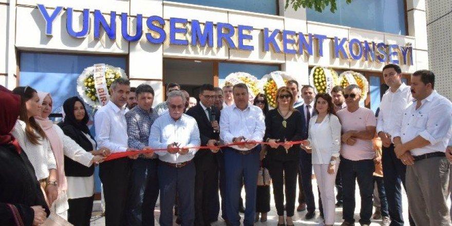 Yunusemre Kent Konseyi yeni binası törenle hizmete girdi