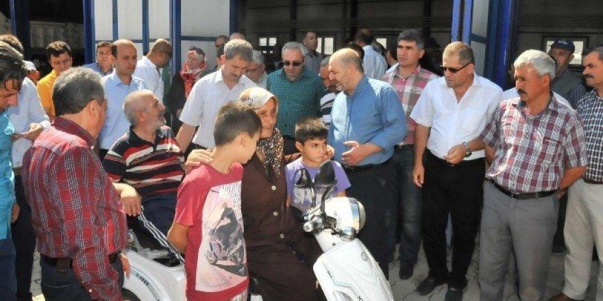 Akşehir'de engellilere çifte bayram