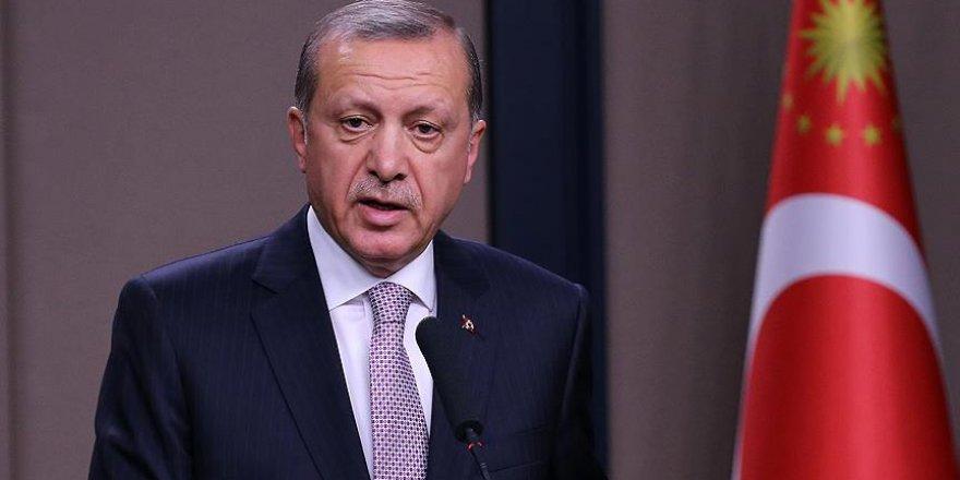 Erdoğan: Milletimiz tarihimizden aldığı güçle emin adımlarla ilerlemekte