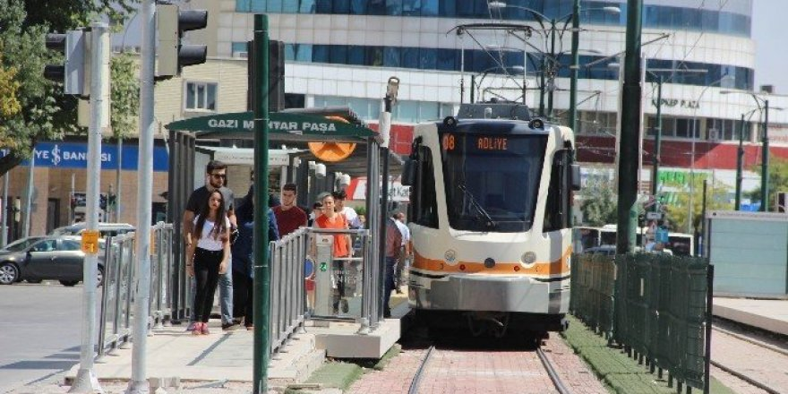 Gaziantep'te çifte tramvay sevinci