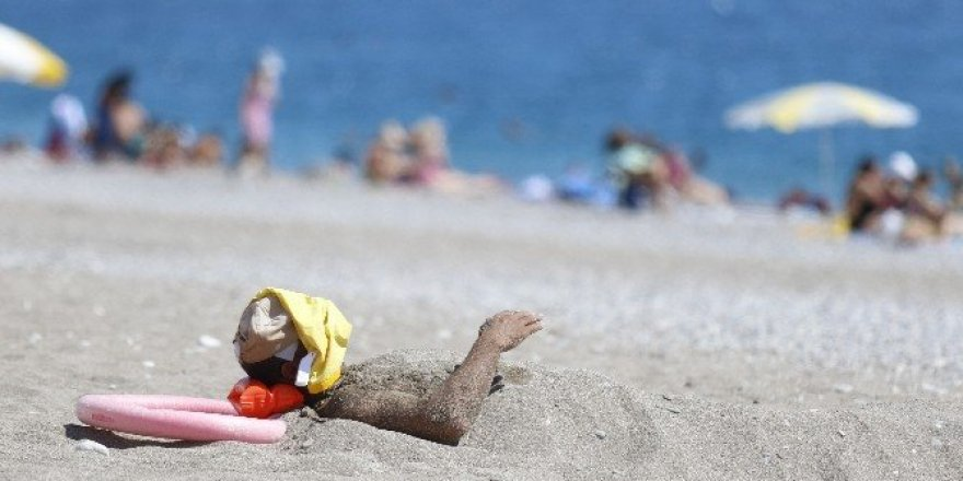 Antalya bayramı sahile taşıdı