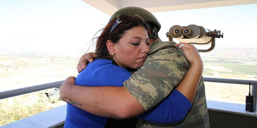 Suriye sınırdaki askere bayram sürprizi