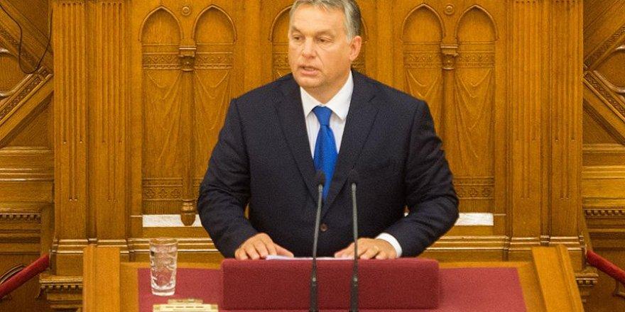 Orban: Müslüman sayısı artacak ve Avrupa tanınmaz hale gelecek