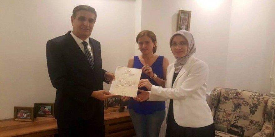 Şehit eşine Başbakan'dan el yazılı mektup