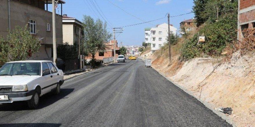 Adem Yavuz mahallesinde sokaklar asfaltlanıyor
