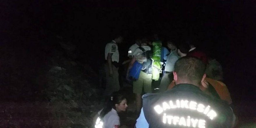 Kurtarılan dağcılar korku dolu bekleyişi anlattı