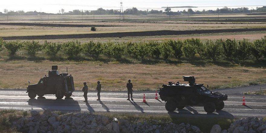 Van'da zırhlı aracın geçişi sırasında patlama