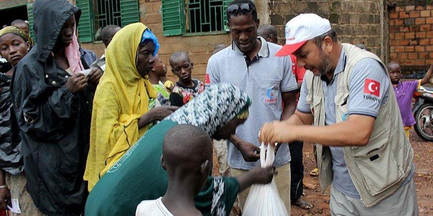 Mali'deki ihtiyaç sahiplerine kurban eti dağıtıldı