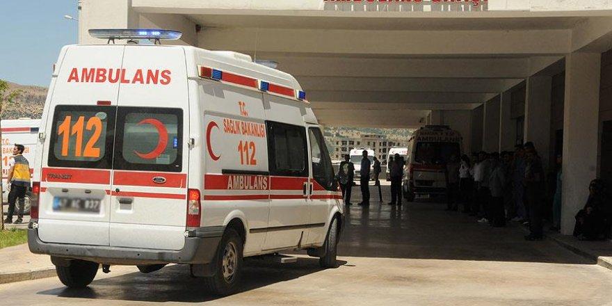 Otomobil bagajında taşınan yaralı çocuklardan biri öldü
