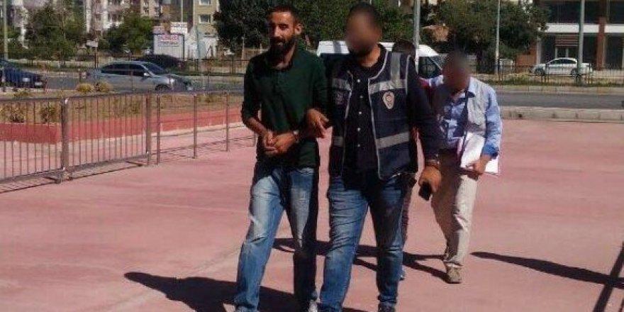 Çaldıkları araçları kundaklayan 3 kişi tutuklandı