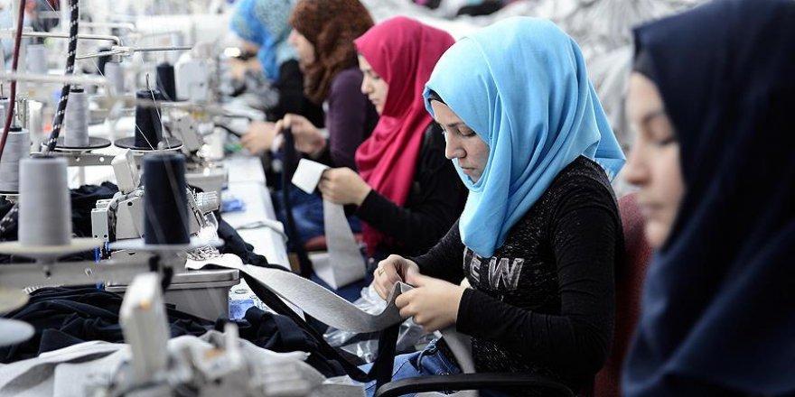 Suriyeli kadınlar üreterek kazanıyor
