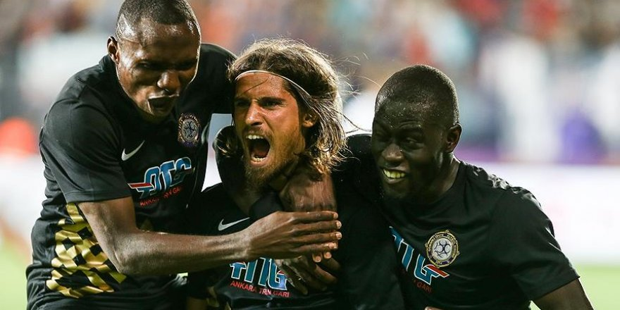Pinto, UEFA'da haftanın en iyi 11'inde