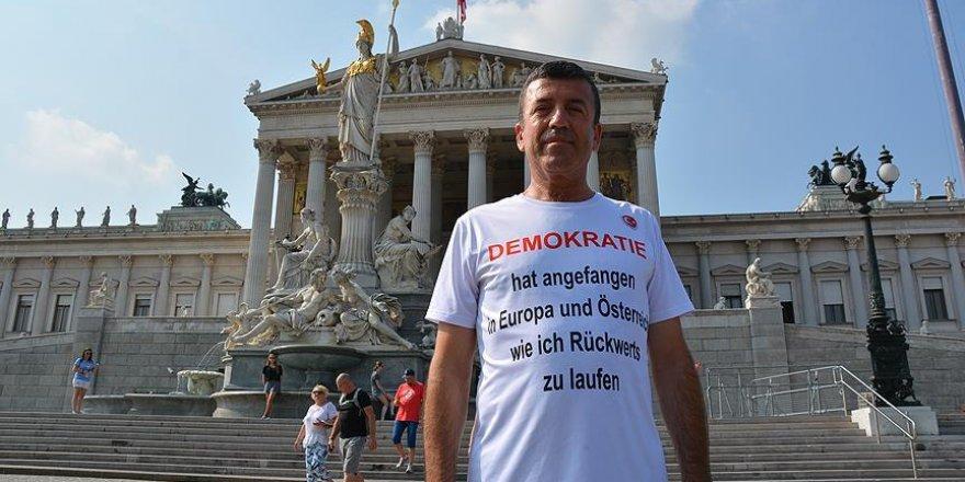 """Türk doktordan Avrupa'ya """"demokrasi"""" tepkisi"""