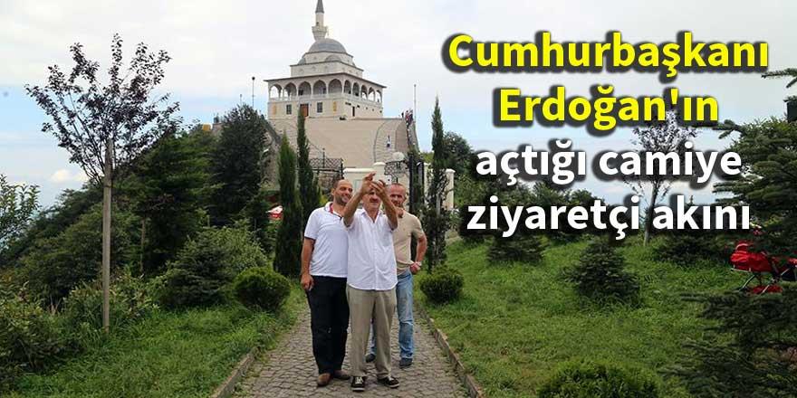 Cumhurbaşkanı Erdoğan'ın açtığı camiye ziyaretçi akını
