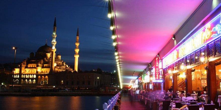 """""""Yabancılar, İstanbul'da lüks yemeğe yılda 300 milyon dolar ödüyor"""""""