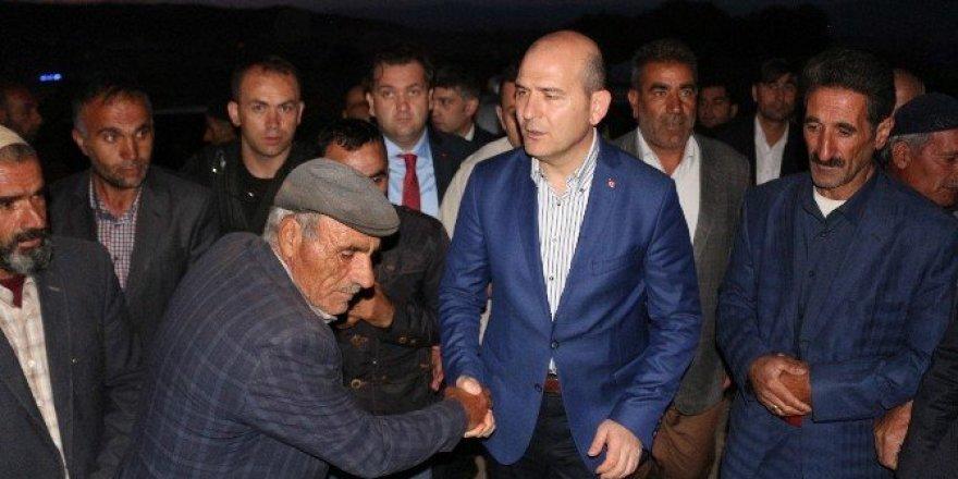 """Bakan Soylu """"köy korucubaşıları"""" ile bir araya geldi"""
