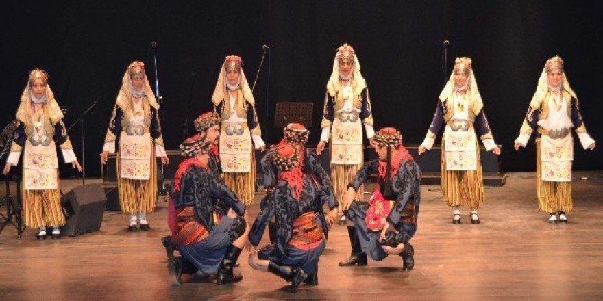 Eczacıların geleneksel halk oyunları kursu başlıyor