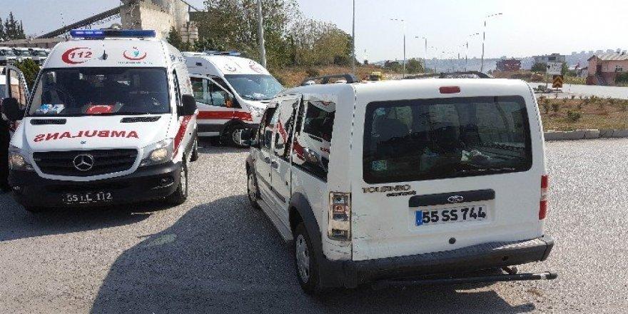 Cenaze yolunda kaza: 5 yaralı