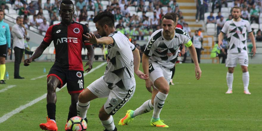 Atiker Konyaspor'un yenilmezlik serisi 17 maça çıktı