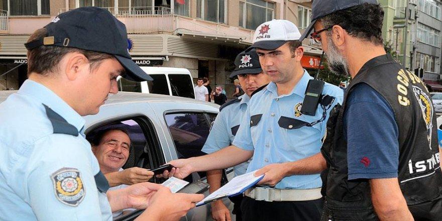 İstanbul'da okul önlerinde güvenlik uygulaması