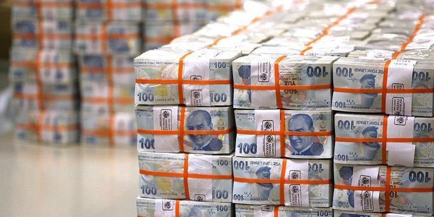 Bütçe ağustosta 3,6 milyar lira fazla verdi