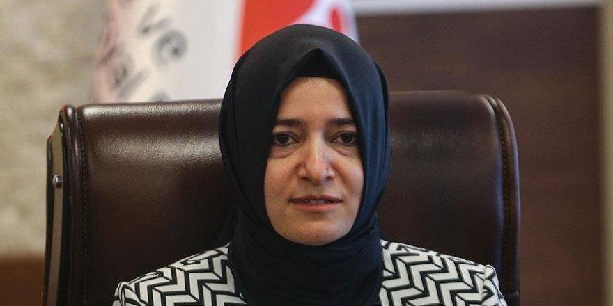 Bakan: 'Şiddet mağduru kadınlarımızın yanındayız'
