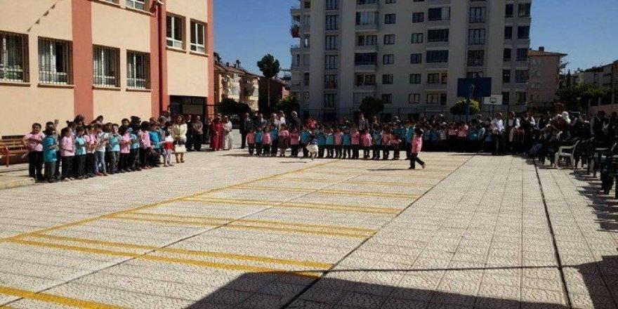 Malatya'da 170 bin öğrenci ve 12 bin 500 öğretmen ders başı yaptı