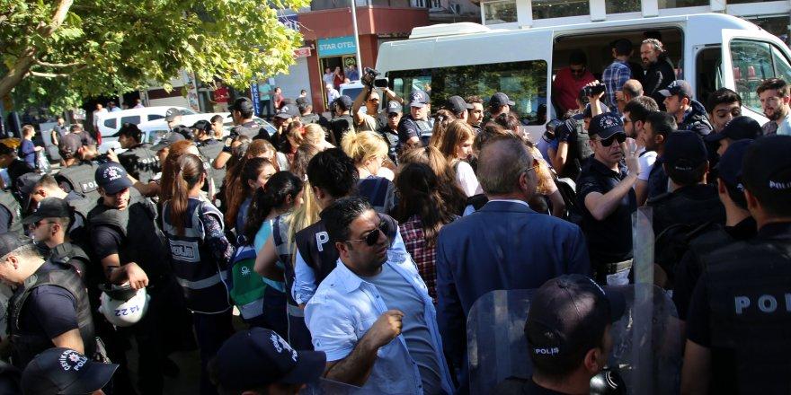 Diyarbakır'da protesto: 23 gözaltı