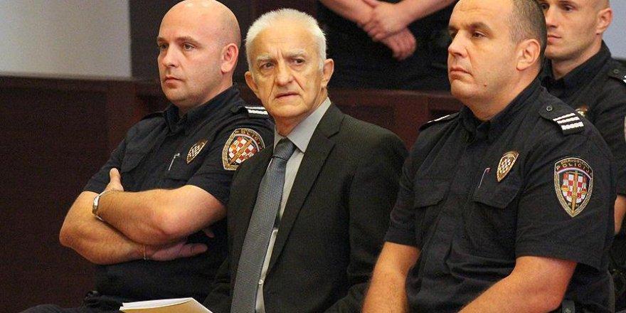 Eski Sırp komutan savaş suçundan yargılanıyor