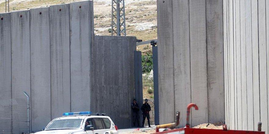 Filistinlilere ait 7 beldenin girişi kapatıldı