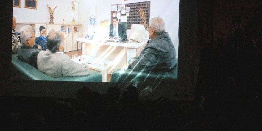 Taşdiken yeni sinema filmi 'Arama Motoru'nu değerlendirdi