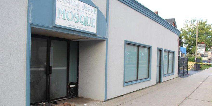 Kanada Diyanet Vakfı'ndan kundaklanan camiye yardım