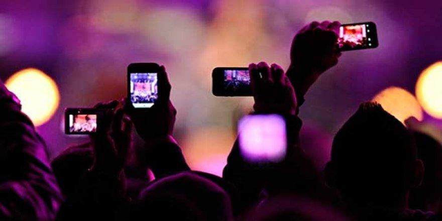 Yeni iş kapısı: Sosyal medyadan canlı yayın